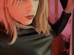Jenyfer strip tease Escort french tranny bitch
