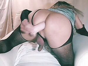 LuziaTv  sola dildo cam anal a cuatro 1