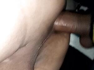 La ladyboy recibiendo dick