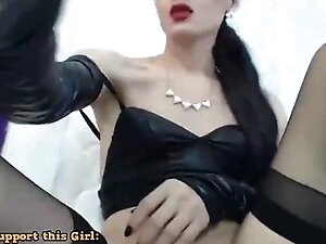 TS Cutie Spreads Her Ass And Masturbates