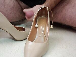 High Heels, shoes, wife, cum, shoe fun, masturbation