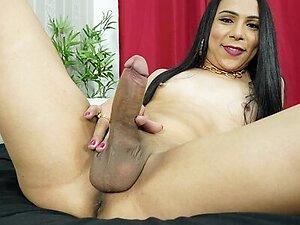 Big Dick TGirl Lauany Ribeiro Toys Ass And Jerks Off