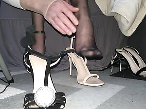 change heels in pantyhose feet