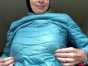 Dhimmi Bea - Hijab, down jacket, masturbation