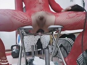 vivi easy to cum while fucking by machine