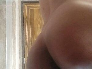 Wanna taste my Ass
