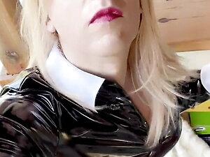 Jenyfer shemale Trans paris fetish latex rubber Sex hard
