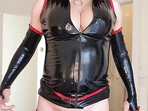 Rachel Latex Slaps it in Black Fetishwear