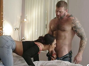 Petite TS gets bang by her Daddys dick